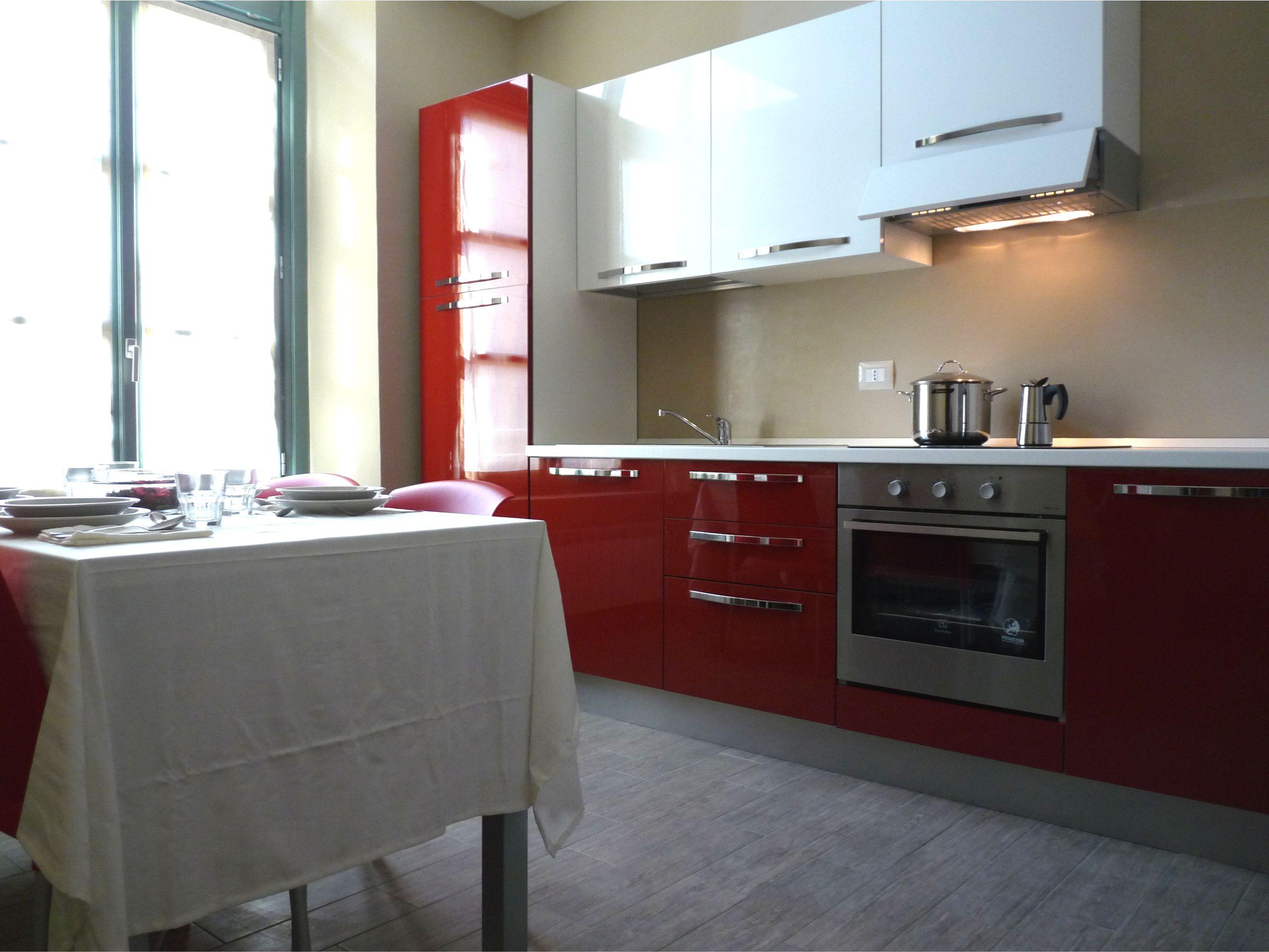 Cucina unità abitativa Housing Giulia
