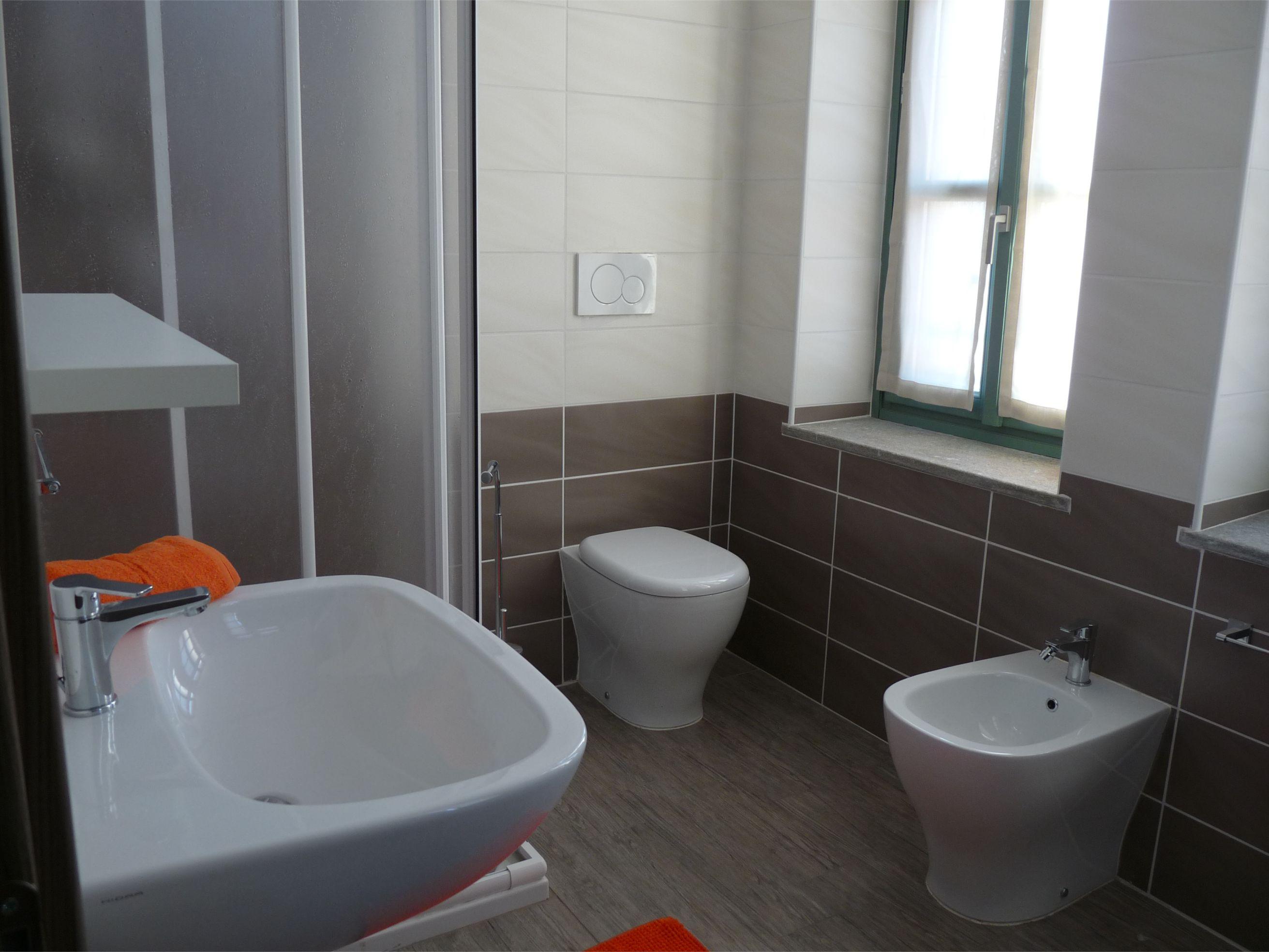 Bagno unità abitativa Housing Giulia
